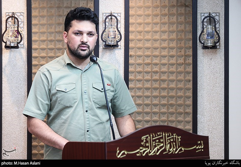 شعرخوانی عاشقانه سیدتقی سیدی در محفل شعر قرار+فیلم- اخبار فرهنگی – مجله آیسام