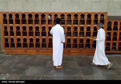 جا کفشی زائران -مسجد قبا در مدینه