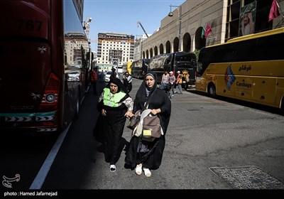 زیارت دوره زائران ایرانی در مدینه