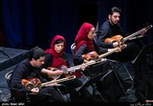 کسب درآمد با موسیقیهای عامه پسند در شأن ارکستر ملی نیست