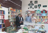 """کدام رمانهای خارجی در تابستانه کتاب پرفروش شدند؟""""ملت عشق""""و """"جزء از کل"""" همچنان میفروشند"""
