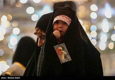 پس از برگزاری اجتماع دختران انقلاب در تهران که توسط گروه مردمی آمرین به معروف صراط در ورزشگاه شیرودی برگزار شد و با استقبال گسترده دختران و زنان ایرانی روبرو شد؛ این بار این اجتماع پنجشنبه این هفته در اصفهان برگزار شد.