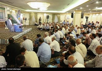 مراسم دعای ندبه در جوار بارگاه رسول الله (ص) و قبرستان بقیع