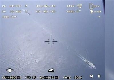 حرس الثورة ینشر لقطات لطائرة مسیرة ترصد المدمرة الأمریکیة بوکسر