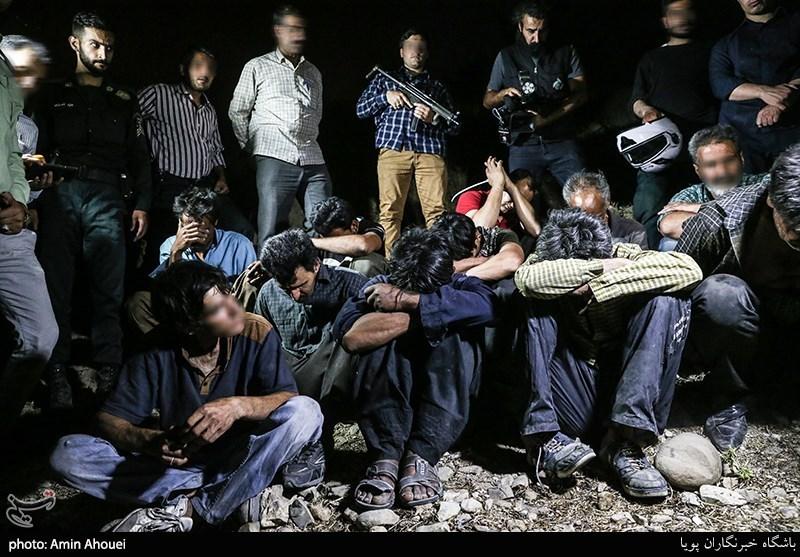 فیلم/ عملیات شبانه پلیس برای برچیدن پاتوق موادفروشان