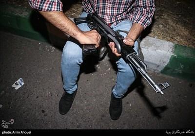 عملیات دستگیری شبانه خرده فروشان مواد مخدر