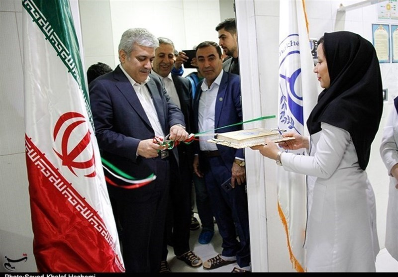 Iran Unveils New Homegrown Pharmaceutical Products