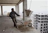 روزگار سخت کارگران ساختمانی گناباد/ درآمد خاصی نداریم و زندگی دشوار میگذرد