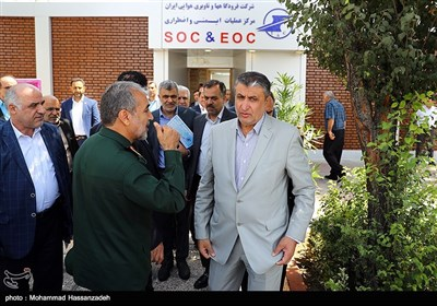 محمد اسلامی وزیر راه و شهرسازی در مراسم افتتاح مرکز عملیات ایمنی و اضطراری فرودگاهها