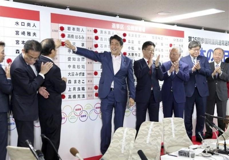 ششمین پیروزی متوالی آبه؛ راه بازنگری قانون اساسی ژاپن هموار شد؟