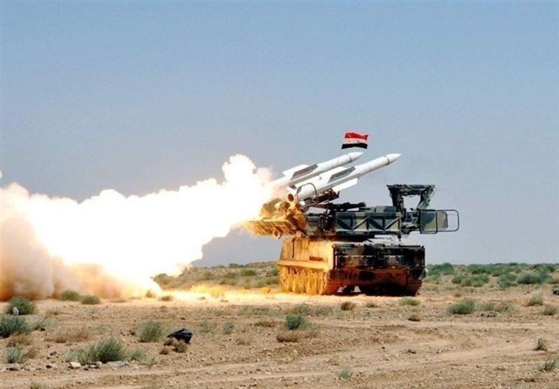 پدافند هوایی سوریه موشکهای رژیم صهیونیستی را بر فراز دمشق سرنگون کرد