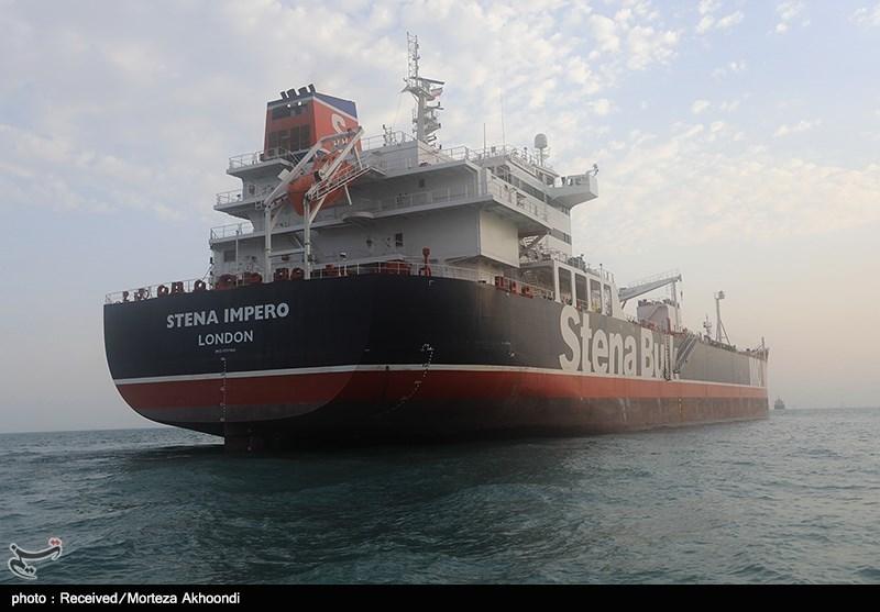 نفتکش انگلیسی پس از 10 هفته توقیف در ایران به دبی رسید
