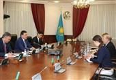 دیدار نخستوزیر قزاقستان با سفیر آمریکا