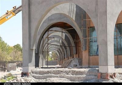سراب وعدههای بیفرجام در پروژههای نیمه تمام کرمان / افتتاح تالار مرکزی شهر کرمان به تیرماه موکول شد