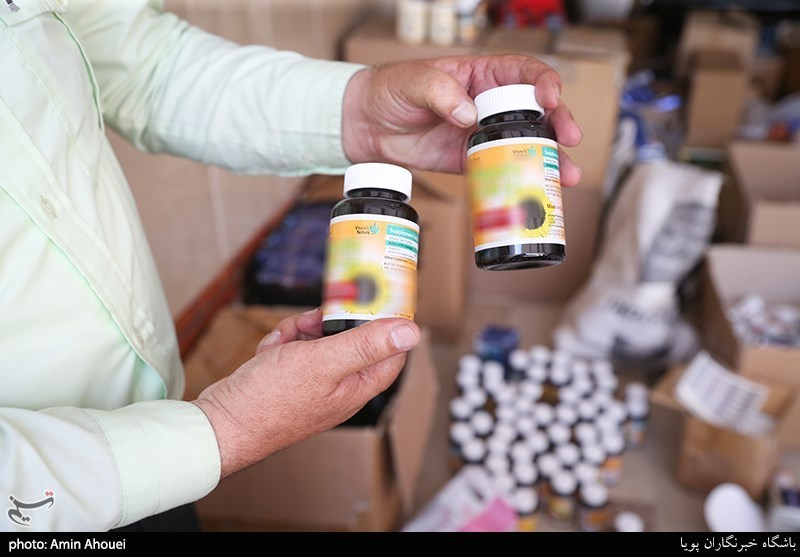 تهران  کشف 10 هزار بسته قرص دارویی قاچاق در بازار