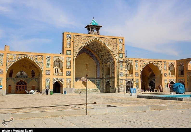 Hakim Mosque: One of The Oldest Mosques in Isfahan
