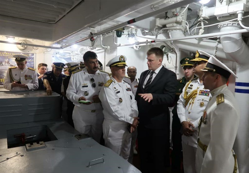 Iranian Commander Attends Russia Navy Day Ceremony - Defense