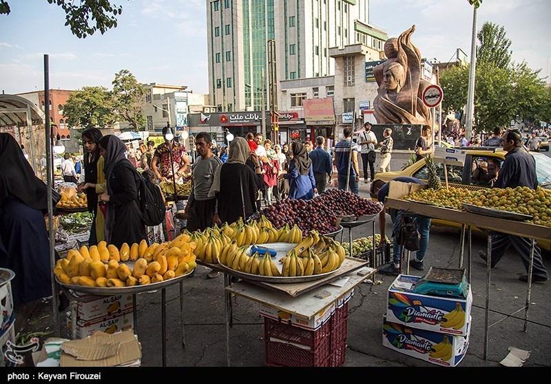 گزارش| وضعیت قرمز کرونا در اصفهان / جولان مردم در شهر برای خرید و گردش بدون رعایت بهداشت