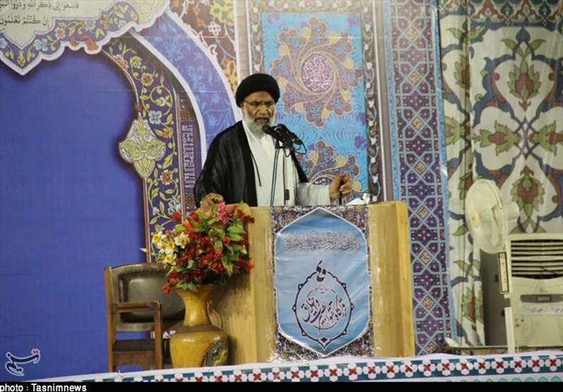 اهواز| تلاش آمریکا از اعمال فشارها به ایران ایجاد شکاف بین مردم و مسئولان است