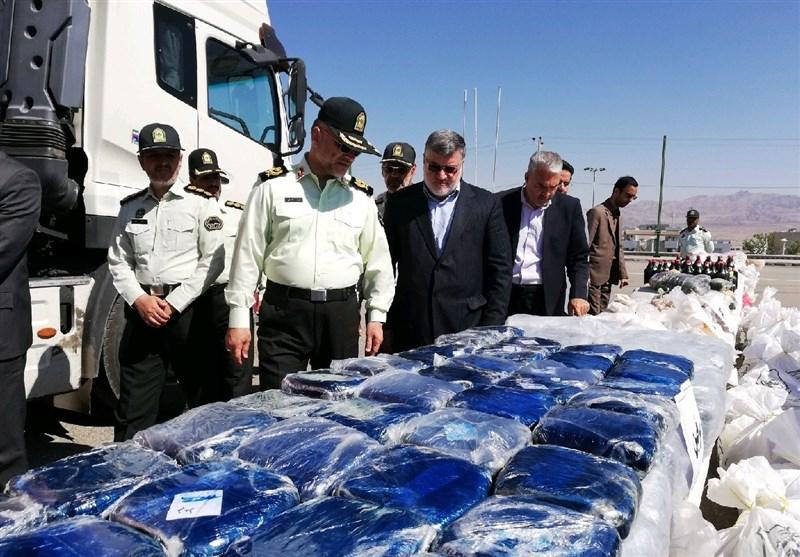 کشف محوله سنگین مواد مخدر در خراسانجنوبی / 10 قاچاقچی مسلح دستگیر شدند