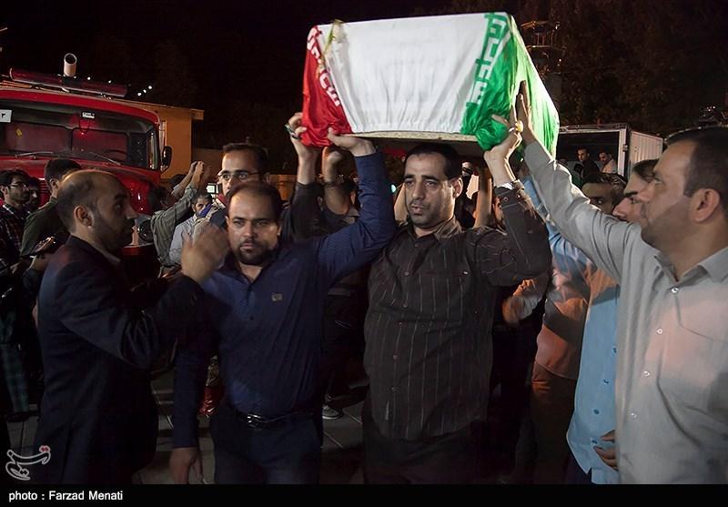 مراسم وداع با پیکرهای مطهر 26 شهید گمنام دوران دفاع مقدس در مسجدالنبی کرمانشاه