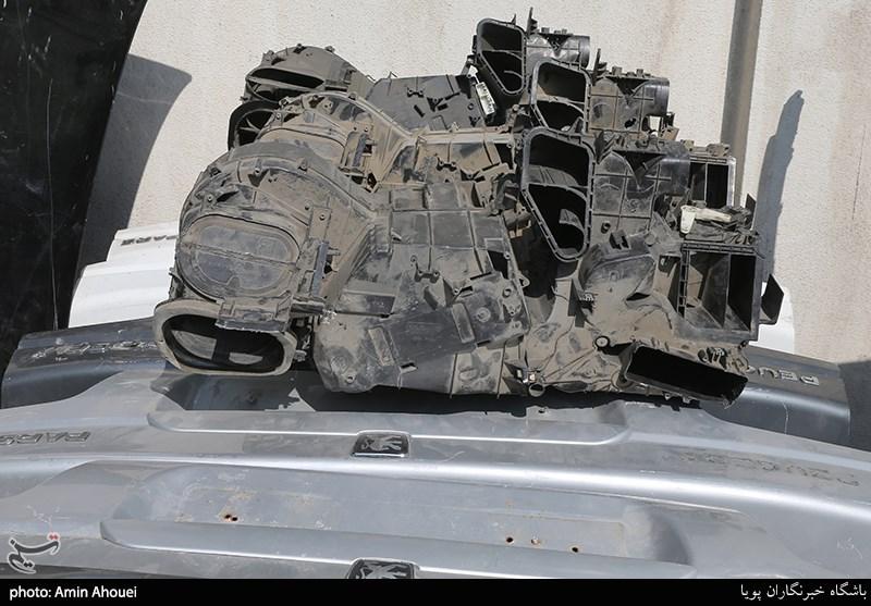 خودروهای قطعهقطعه شده و قطعات کشف شده توسط کلانتری 134 شهرک قدس