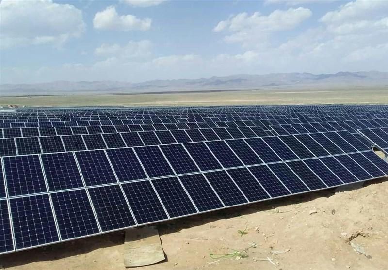 1000 نیروگاه کوچک خورشیدی در کوهدشت احداث میشود