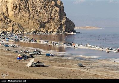 نام این دریاچه امروزه به «دریاچه ارومیه» مشهور است که از نام شهر ارومیه مرکز استان آذربایجانغربی گرفته شده و در زبان ترکی به آن «اورمو گولو» هم گفته میشود