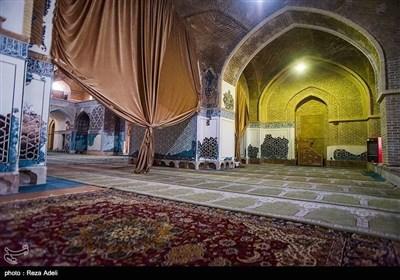 ایران کے شہر ہمدان کی تاریخی مسجد کی تصویری جھلکیاں