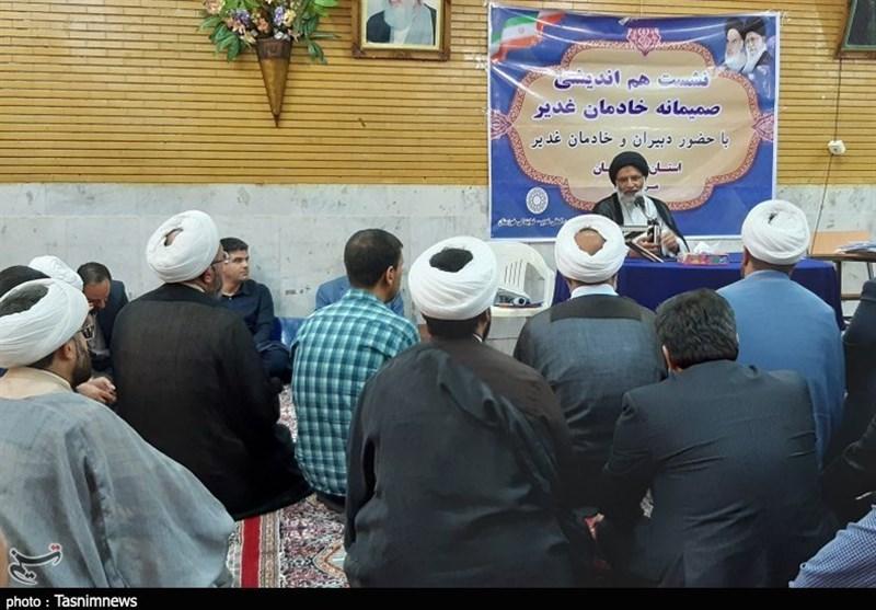اهواز| عزت انقلاب اسلامی ایران در سایه عظمت غدیر است