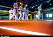 بازدید وزیر ورزش از اردوی تیم های ملی کاراته و تکواندو