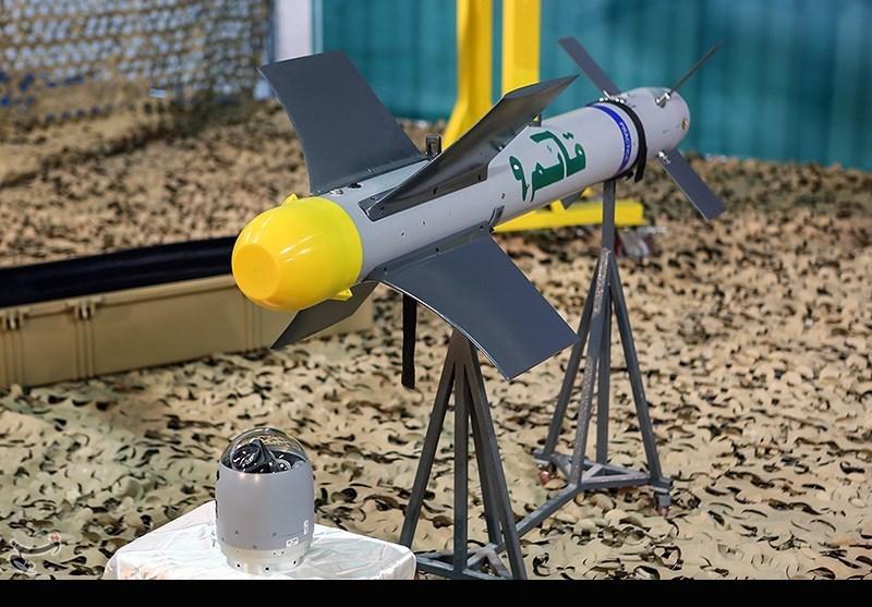 رونمایی از بمب های هواپایه هدایت شونده نقطه زن