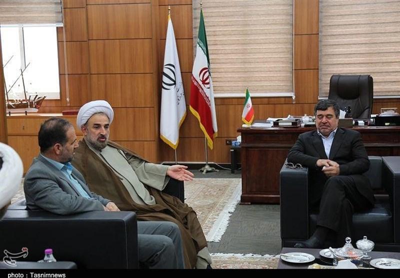 دیدار رئیس دانشگاه مذاهب اسلامی با استاندار هرمزگان به روایت تصویر