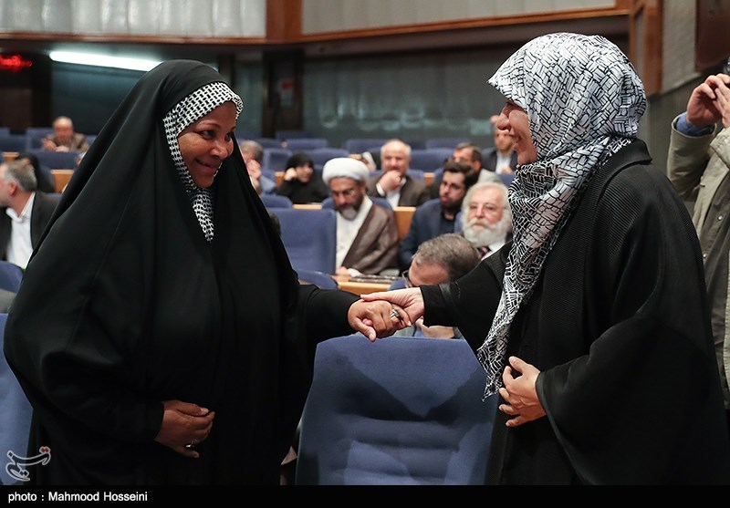 گفت و گوی مریم ایمانیه همسر محمدجواد ظریف وزیر امور خارجه و مرضیه هاشمی در همایش بزرگداشت روز حقوق بشر اسلامی و کرامت انسانی