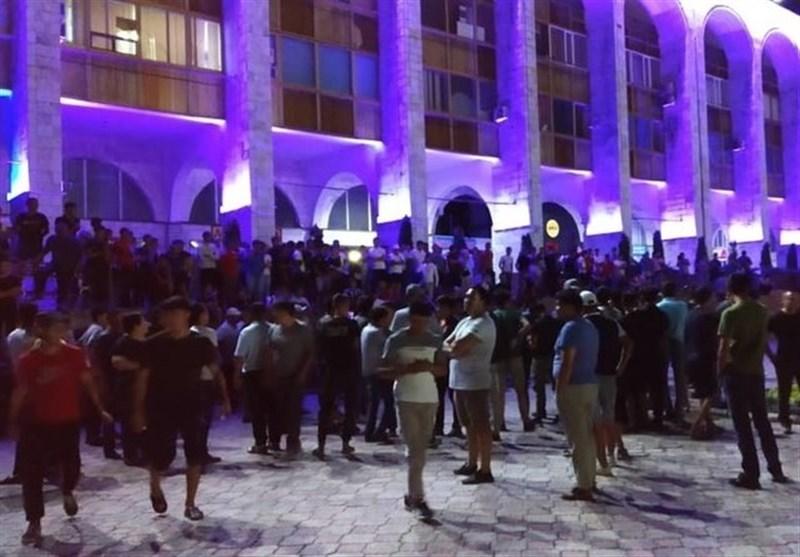 تجمع هواداران رئیس جمهور سابق قرقیزستان در میدان مرکزی بیشکک