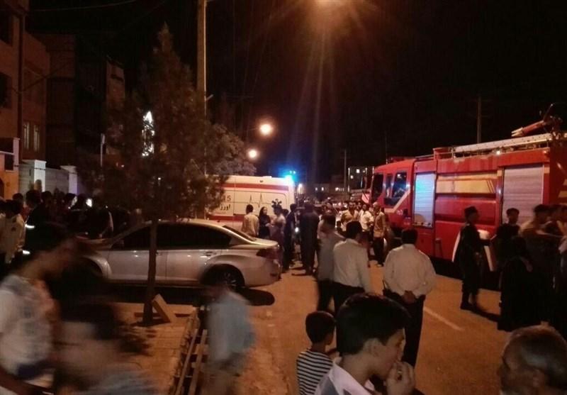 نشت گاز فاضلاب در خیابان ظفر بیرجند/اعضای خانواده 4 نفره جان باختند/5 آتشنشان مسموم شدند + تصاویر