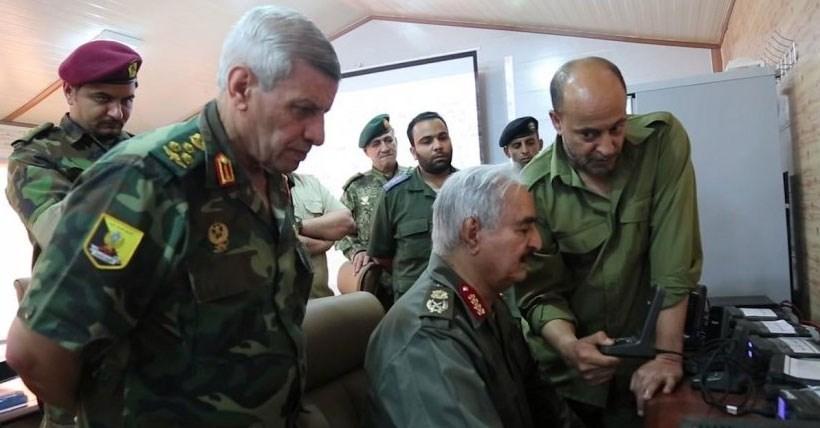 دولت وفاق لیبی: نیروهای حفتر آتشبس انسانی را نقض کردند