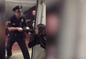 آمریکا| بهانه عجیب پلیس برای دستگیری دختر جوان در متروی لسآنجلس+ فیلم