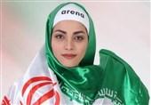 بانوی ایرانی رکورددار شنا با دستان بسته به یاد شهدای غواص + تصاویر