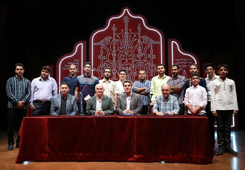 آغاز بخش موسیقی دستگاهی جشنواره موسیقی جوان با آواز ایرانی