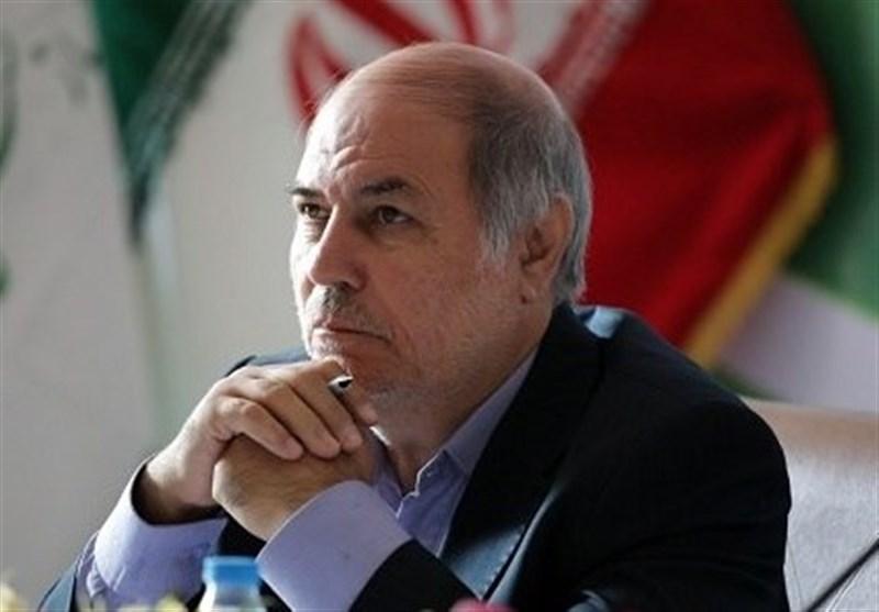 معاون وزیر ورزش در کرمان: دنیا تلاش میکند تا ورزشکاران ما سکوهای قهرمانی را نگیرند