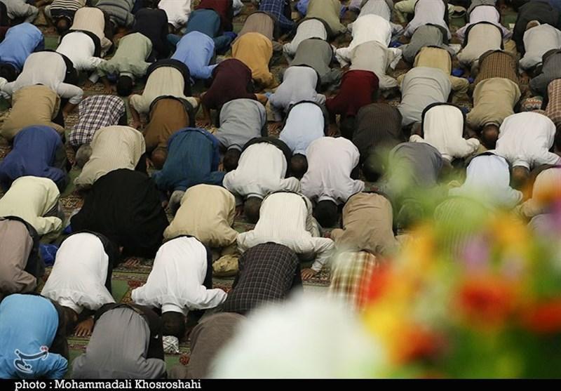 اقامه نماز عید قربان در مصلی امام علی(ع) کرمان به روایت تصویر