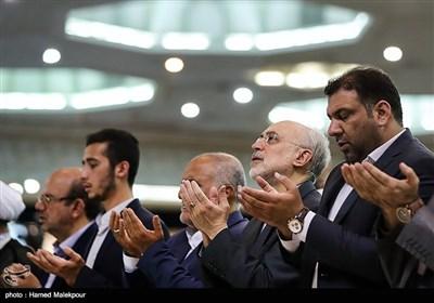 علیاکبر صالحی رئیس سازمان انرژی اتمی در نماز عید سعید قربان - مصلی تهران