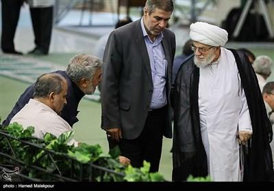 ورود آیتالله تسخیری به نماز عید سعید قربان - مصلی تهران