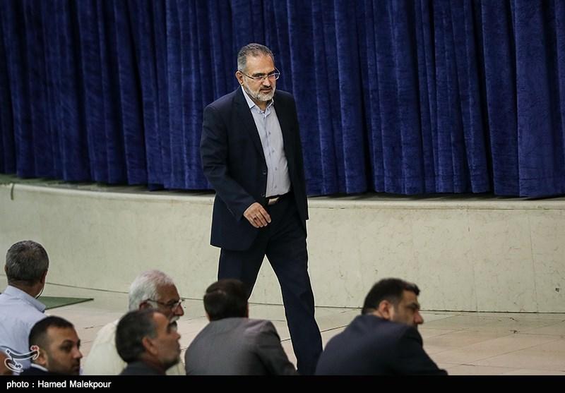 ورود سیدمحمد حسینی به نماز عید سعید قربان - مصلی تهران