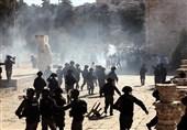 قدس اشغالی یورش نظامیان صهیونیست به مسجدالاقصی و سرکوب نمازگزاران فلسطینی