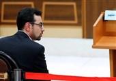 سالار آقاخان؛ عامل بانک مرکزی در توزیع ارزها فراری است