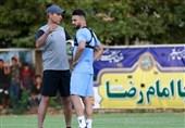 گلمحمدی: رفیعی باید سختی بکشد تا به روزهای اوج برگردد/ هیچکس در باشگاه ما احساس ریاست نمیکند
