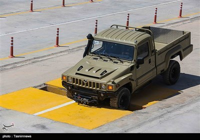 ا حضور امیر حاتمی وزیر دفاع و فرمانده نیروی زمینی ارتش جمهوری اسلامی خودروهای تاکتیکی ارس 2 تحویل نیروهای مسلح شد.