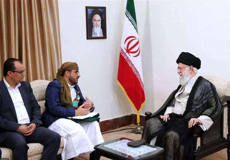 امام خامنهای: با قدرت در مقابل توطئه سعودیها و اماراتیها برای تجزیه یمن بایستید